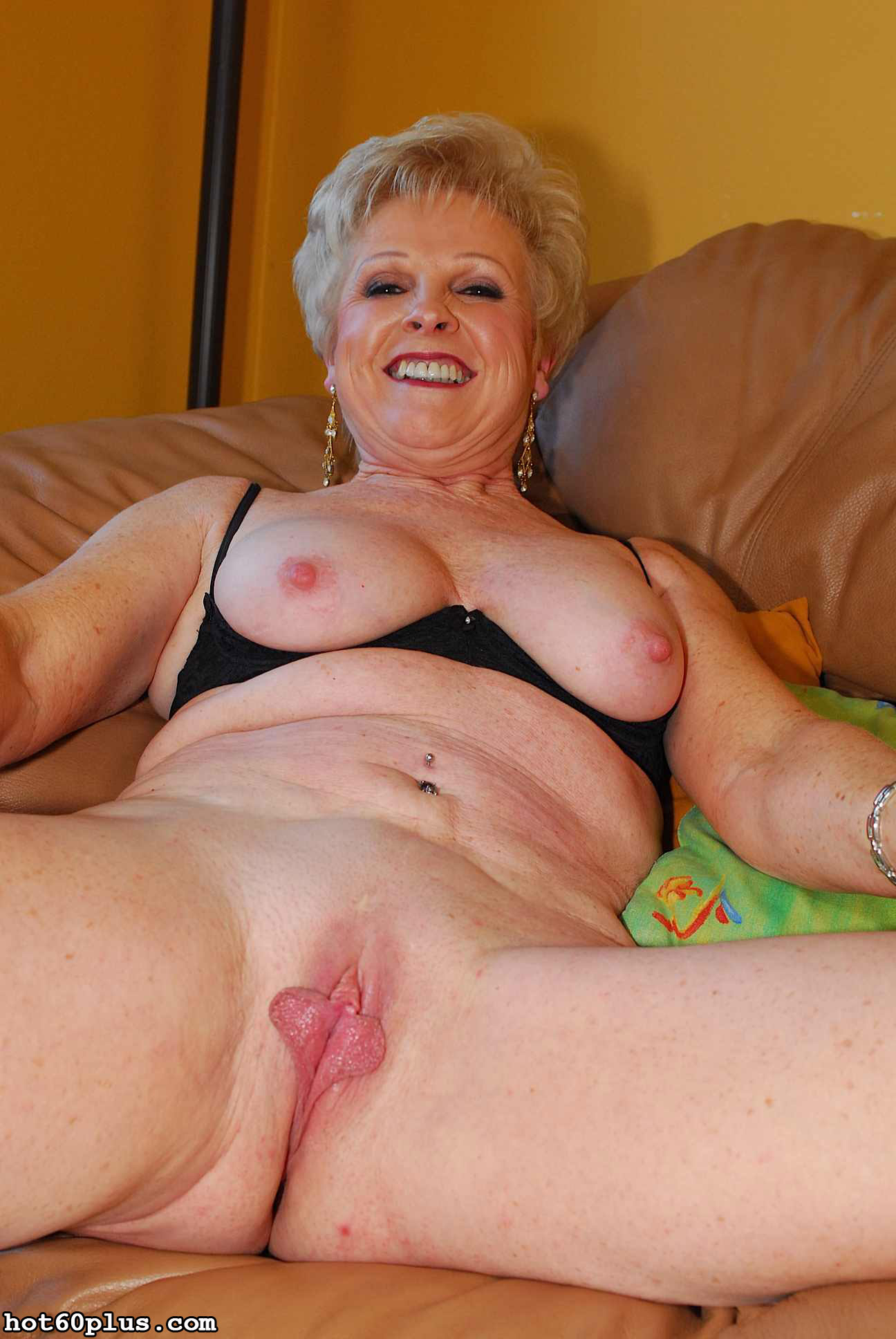 abuelas-nudes-sexxx-bondage-group-sex