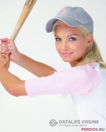 Эротика  с мелкосисечной бейсболисткой