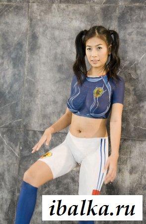 Очаровательные спортсменки в голом образе