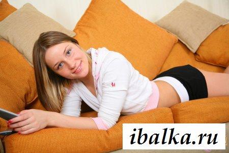 Восемнадцатилетняя русская качественно отсосала бойфренду фото