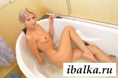 Блондинка Светлана Товстолит на эротических фото