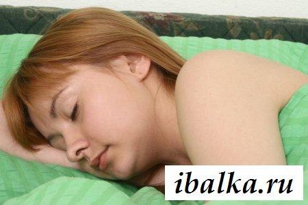 У спящей малышки задница - найс