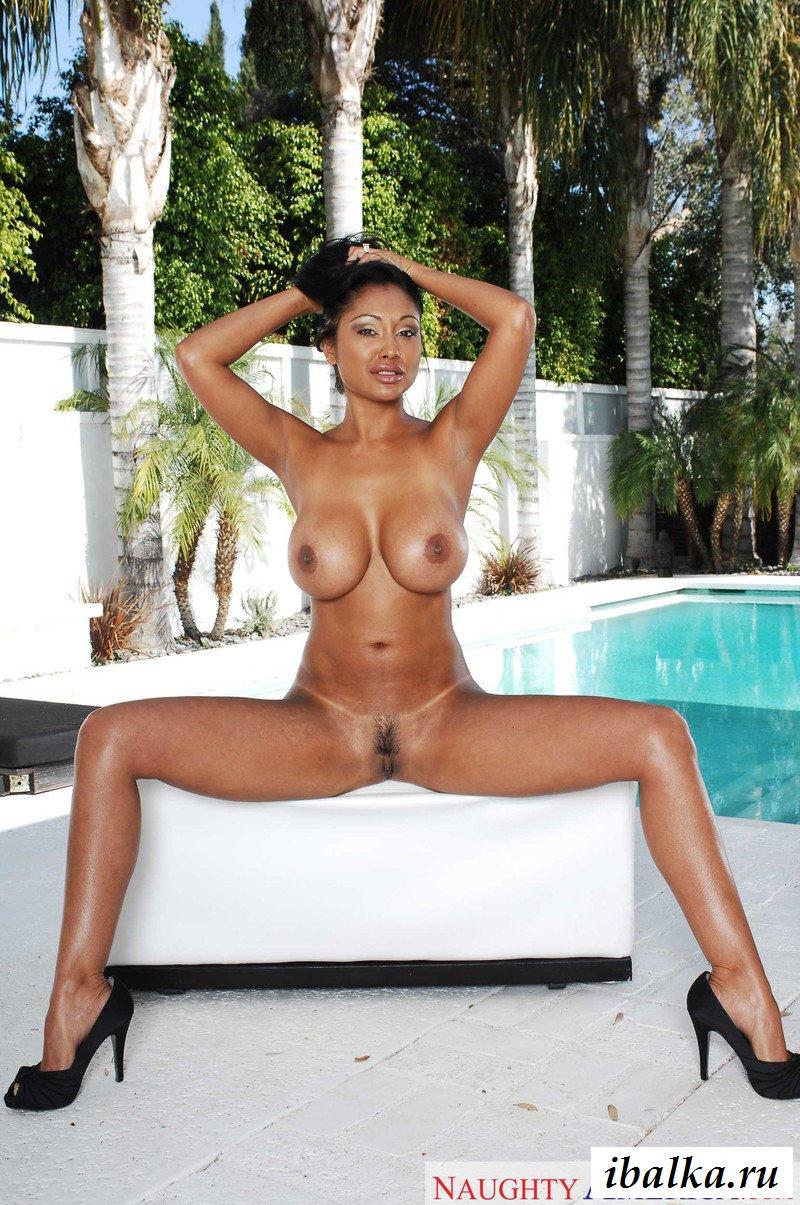 Priya rai wet and naked, ffm big breast picture galleries